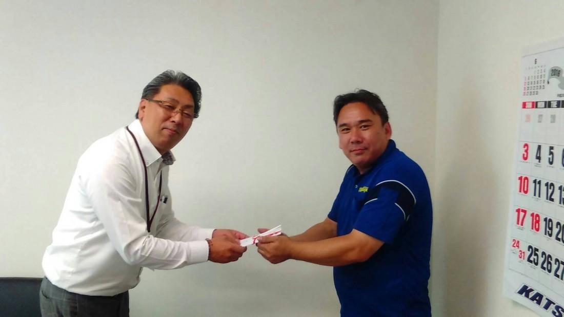 7月20日、一宮営業所 太田乗務員のセールスドライバー表彰を行いました。