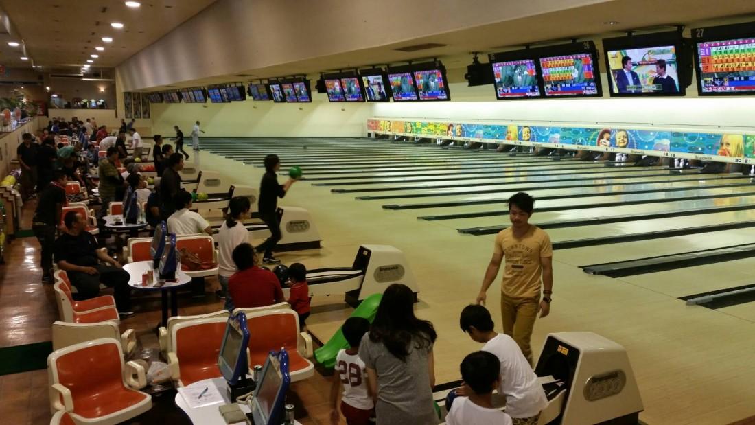 2016年8月21日(日)、ボーリング大会を開催