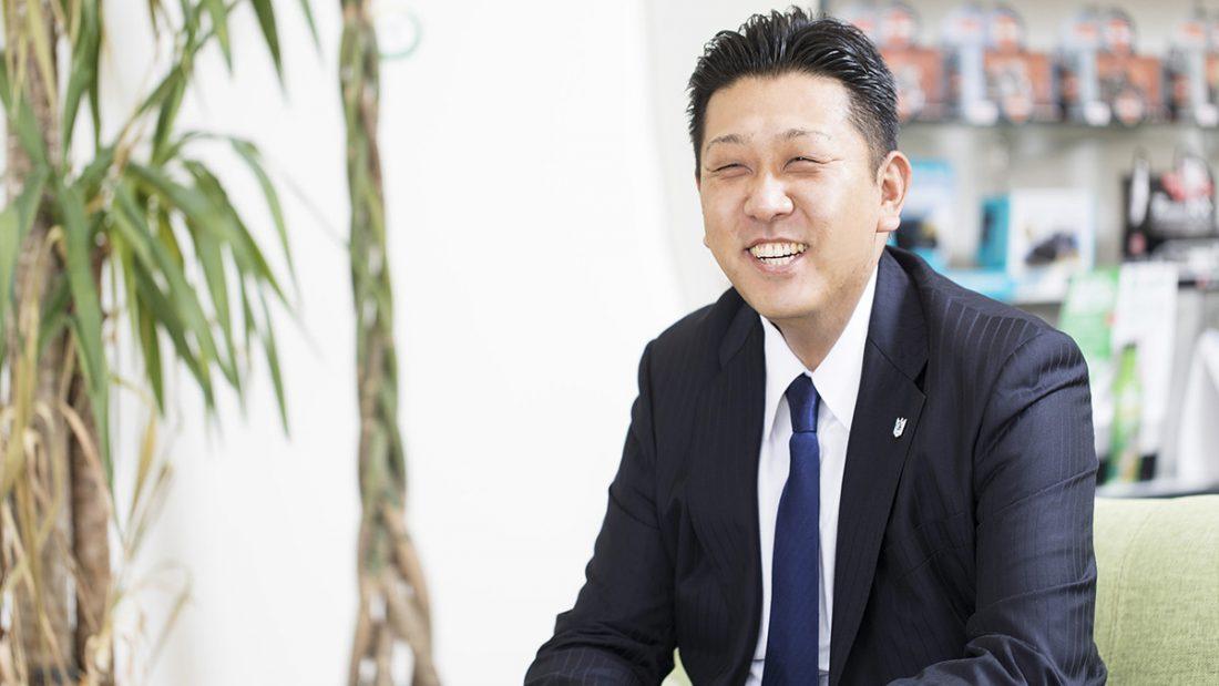 専務取締役:岡田利生
