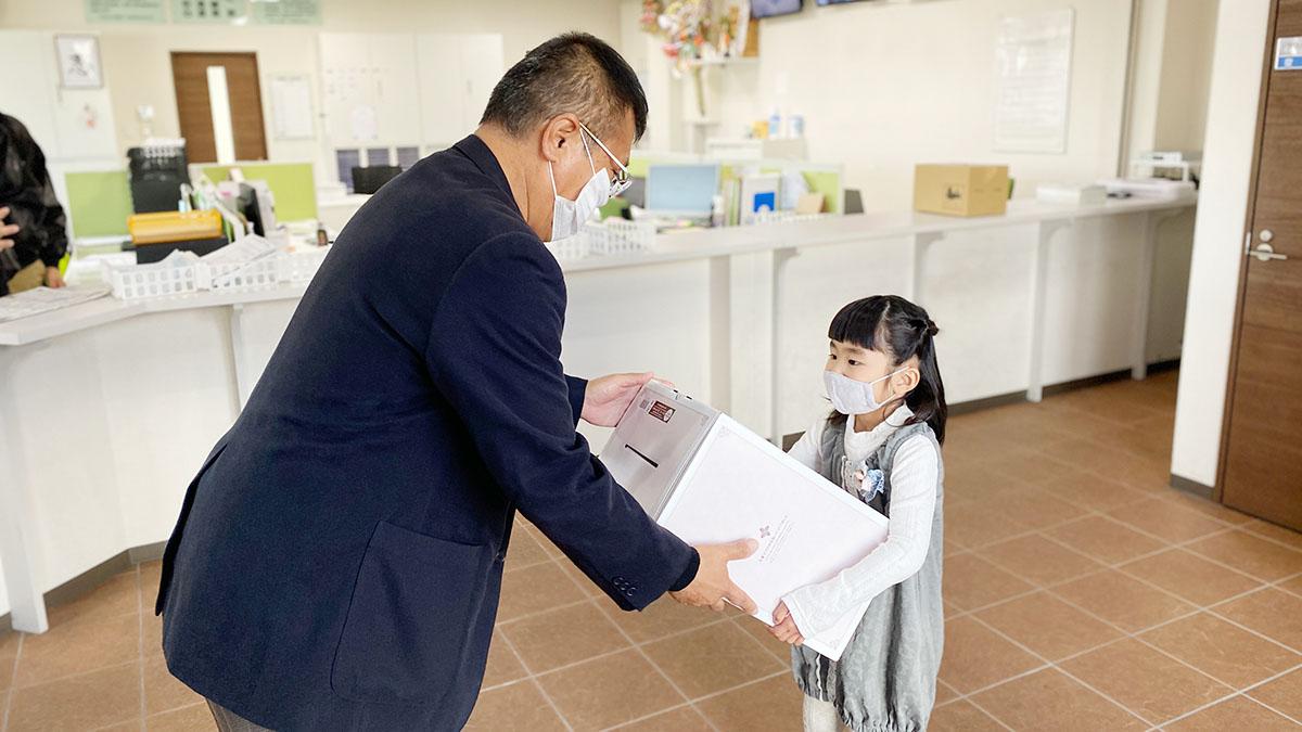内藤ドライバーお子様入学祝い